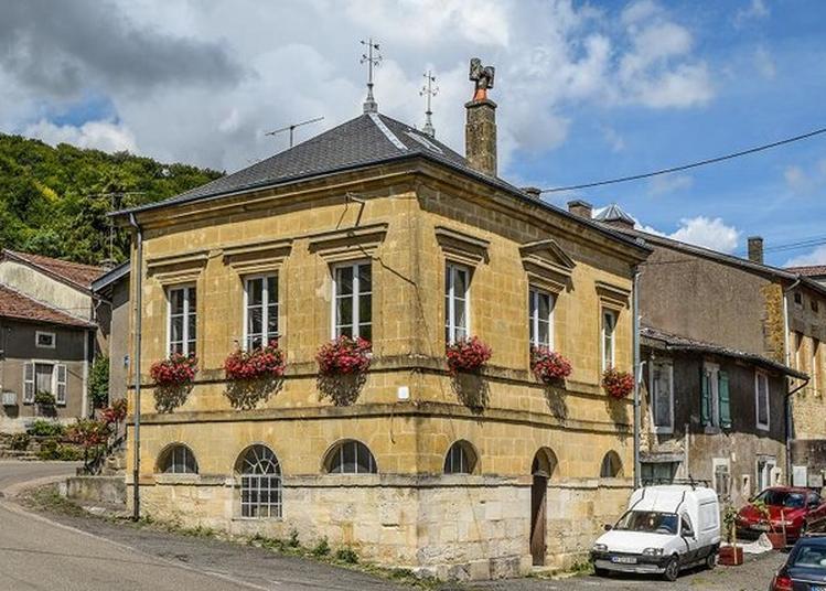 Visite De La Mairie-lavoir De Lissey