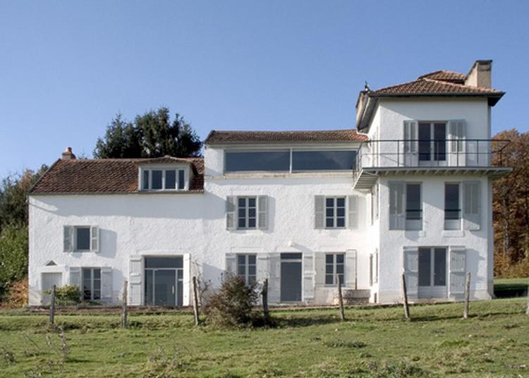 Visite De La Maison De Christian Et Yvonne Zervos à Vezelay