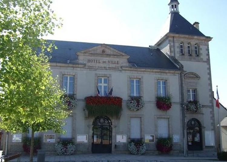 Visite De La Salle Des Mariages à Boussac