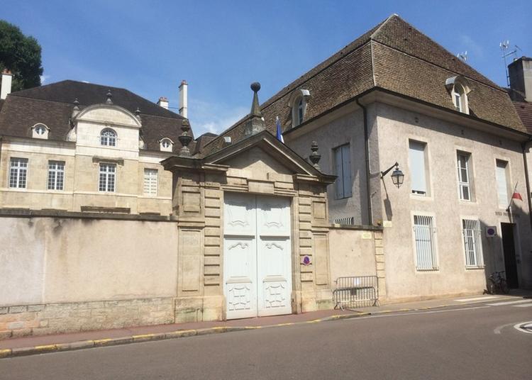 Visite De La Sous-préfecture De Beaune