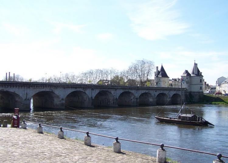 Visite De La Tour Sud Du Pont à Chatellerault