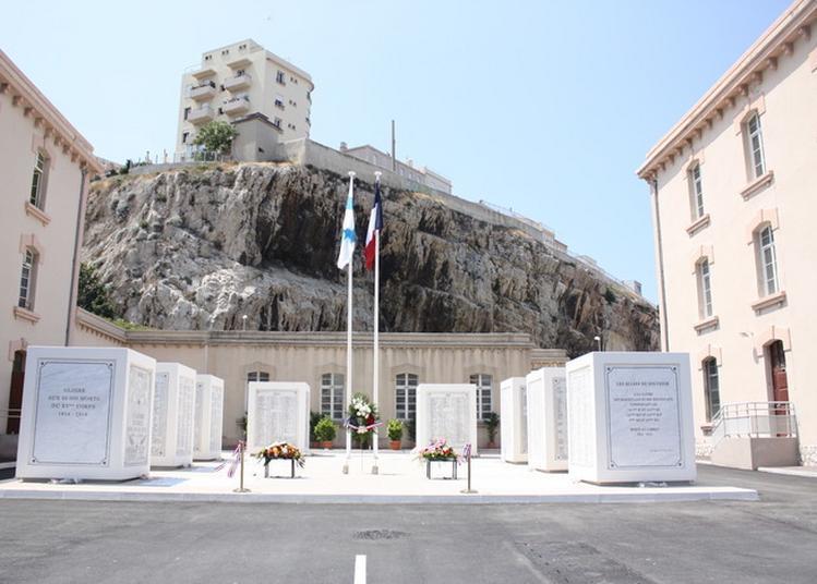 Visite Des Allées Du Souvenir à La Base De Défense Marseille-aubagne