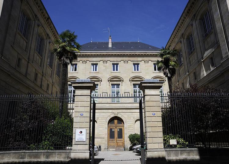 Visite Des Archives Départementales De La Gironde - Site Historique à Bordeaux