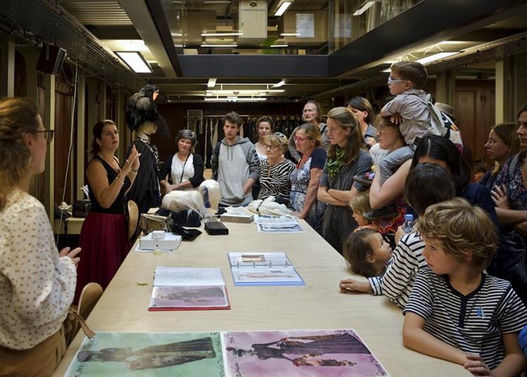 Visite Des Ateliers Costumes De L'opéra Comique à Paris 2ème