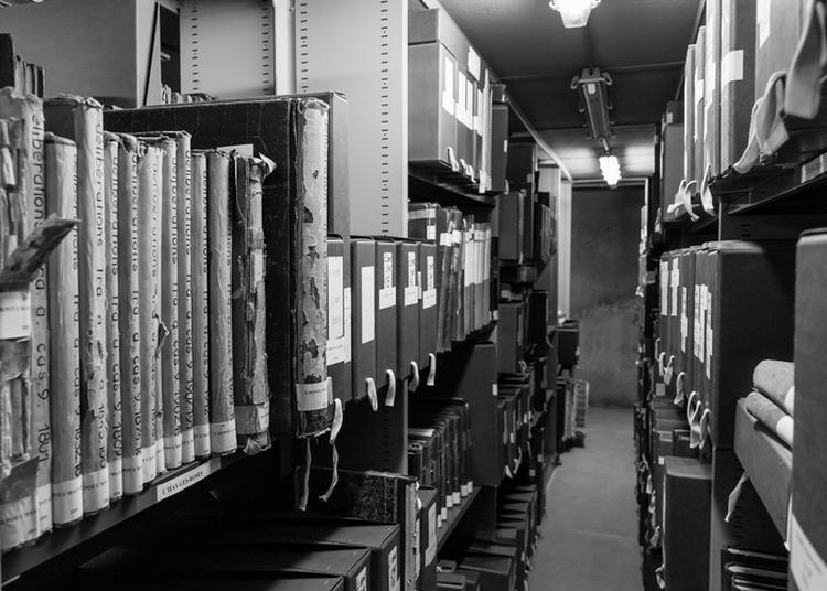 Visite Des Coulisses Des Archives Départementales Du Val-de-marne à Créteil à Creteil