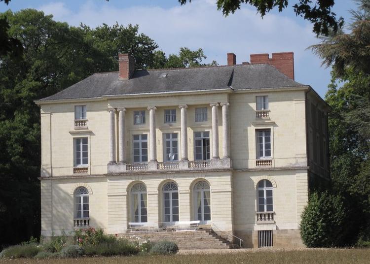 Visite Des Exterieurs Du Chateau De Grandville à Port saint Pere