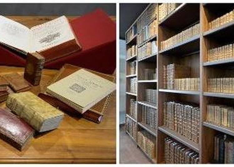 Visite Des Fonds Patrimoniaux De La Médiathèque. à Trevoux