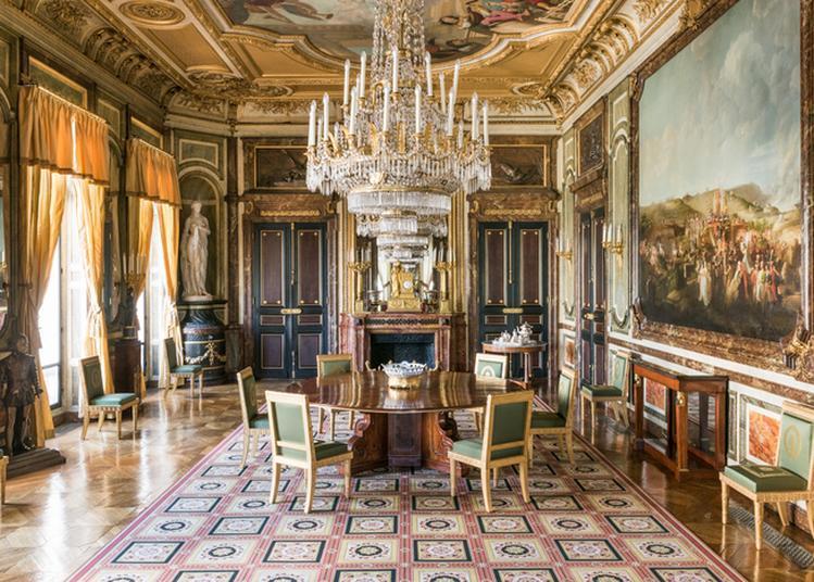 Visite Des Lieux De Décision Et De Réception Du Palais De La Légion D'honneur à Paris 7ème