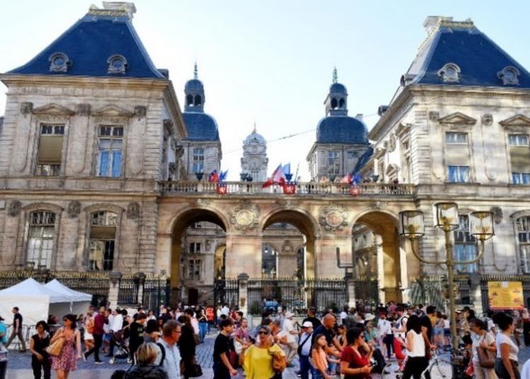 Visite Des Salons De L'hôtel De Ville De Lyon