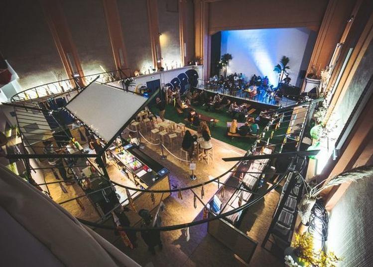 Visite Du 23 : De L'ancien Cinéma Bretagne Au Nouveau Lieu De Vie Artistique Et Culturel à Nantes