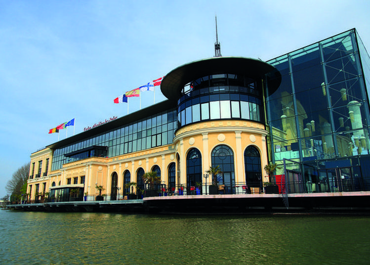 Visite Du Casino Et De Son Théâtre à Enghien les Bains