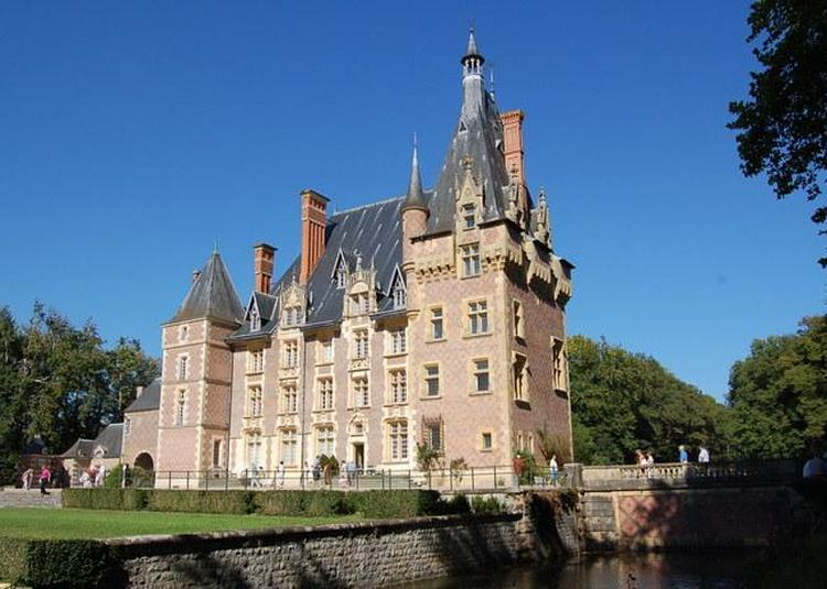 Visite Du Château D'avrilly à Trevol