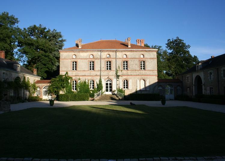 Visite Du Château De L'oiselinière à Gorges