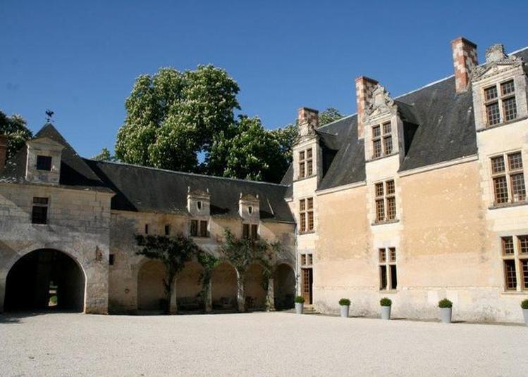 Visite Du Château De La Cour Au Berruyer à Cheille