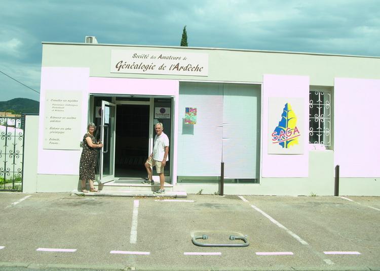 Visite Du Local De La Saga (société Des Amateurs De Généalogie De L'ardèche). à Chomerac