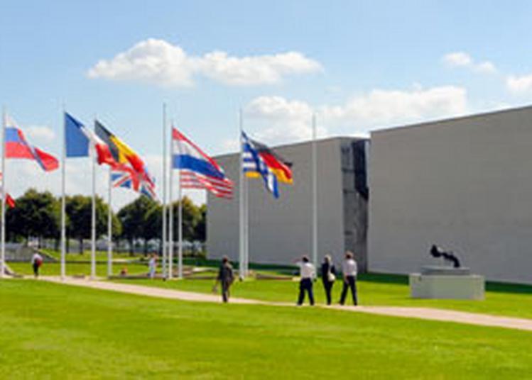 Visite Du Memorial De Caen