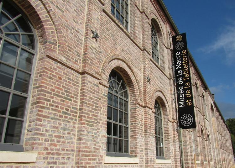 Visite Du Musée De La Nacre Et De La Tabletterie à Meru