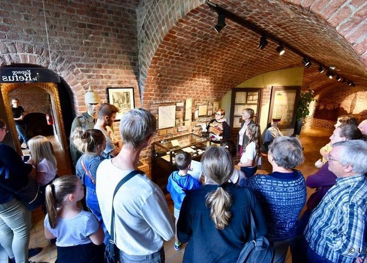 Visite Du Musée De La Résistance De Bondues