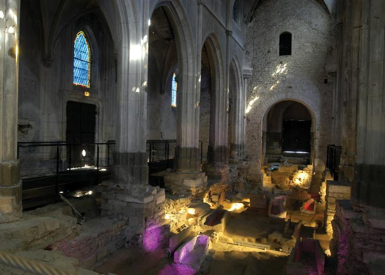 Visite Du Site Archéologique De L'église Saint-clément à Macon
