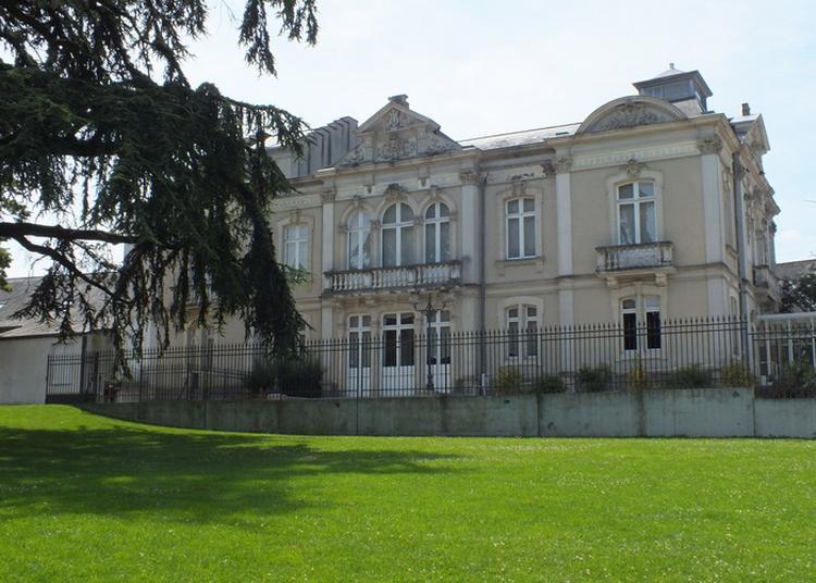 Visite Du Théâtre Municipal De Mayenne