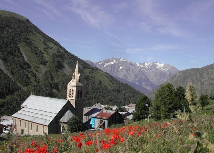 Visite Du Village Et De L'église De Besse-en-oisans Et Du Musée De La Maison Des Alpages