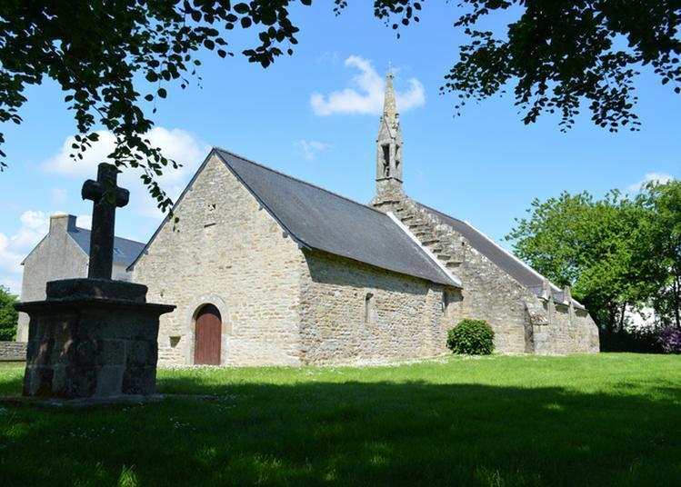 Visite Et Exposition Photos à La Chapelle De La Madeleine - Mellac
