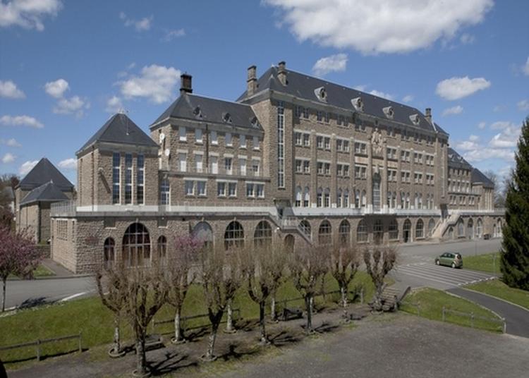 Visite Et Présentation Historique Du Lycée Pierre-caraminot à Egletons