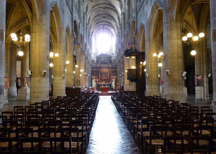 Visite Guidée D'une Partie De L'église à Paris 3ème