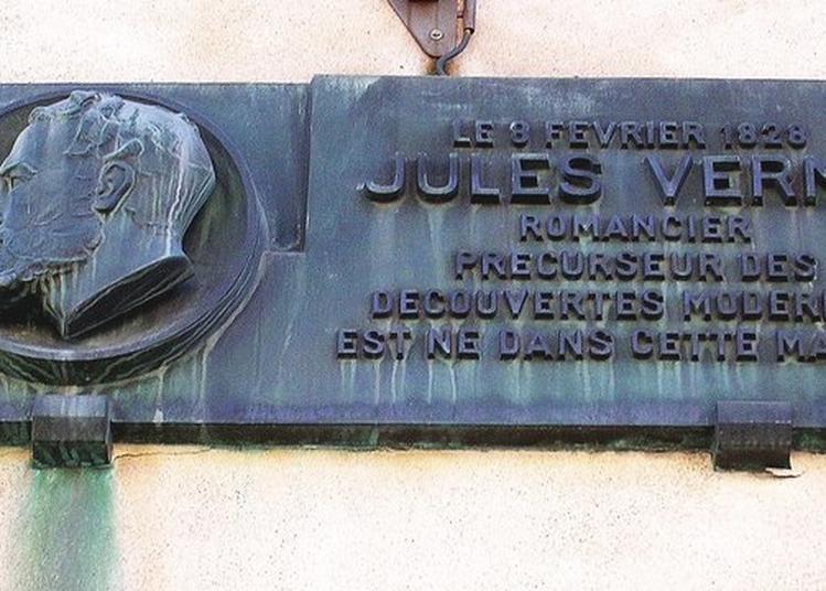 Visite Guidée Dans Les Pas De Jules Verne à Nantes
