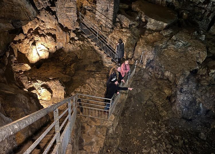 Visite Guidée De Grotte De Cravanche