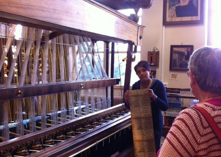 Visite Guidée De L'atelier De Passementerie à Lyon