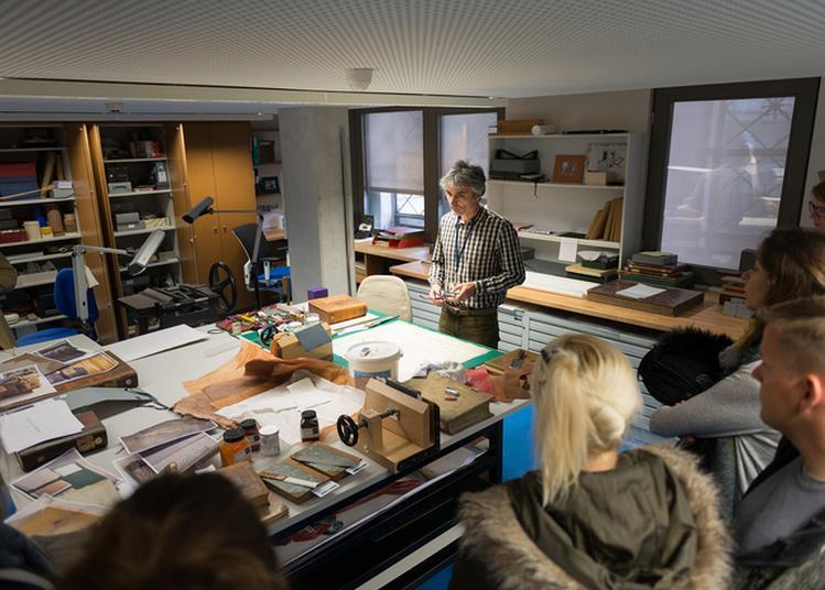 Visite Guidée De L'atelier De Restauration De La Bnu à Strasbourg