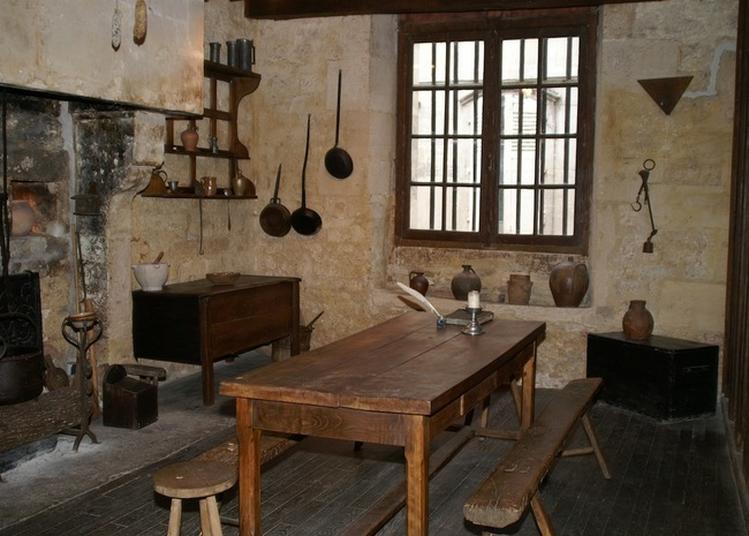 Visite Guidée De L'auditoire, De Ses Cachots Et De Son Historial à Joinville