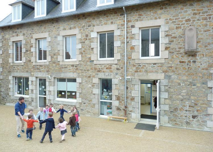 Visite Guidée De L'école Diwan - Gweladenn Heñchet Skol Diwan à Louannec