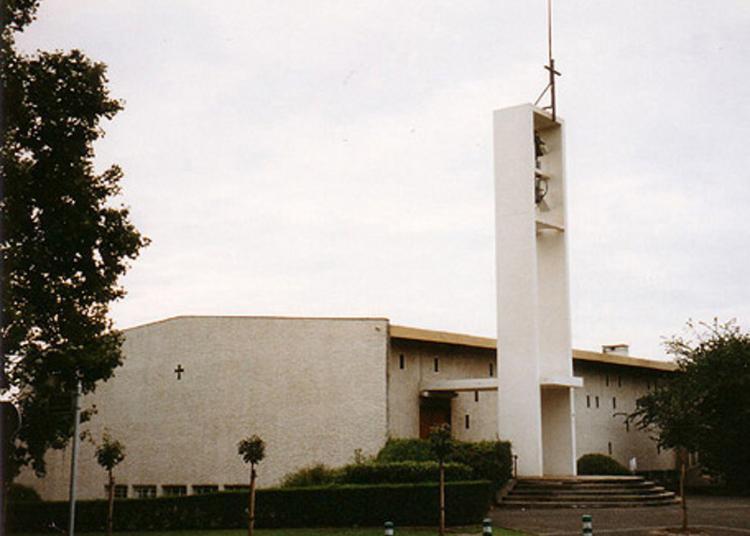 Visite Guidée De L'église Saint-françois-d 'assise à Antony