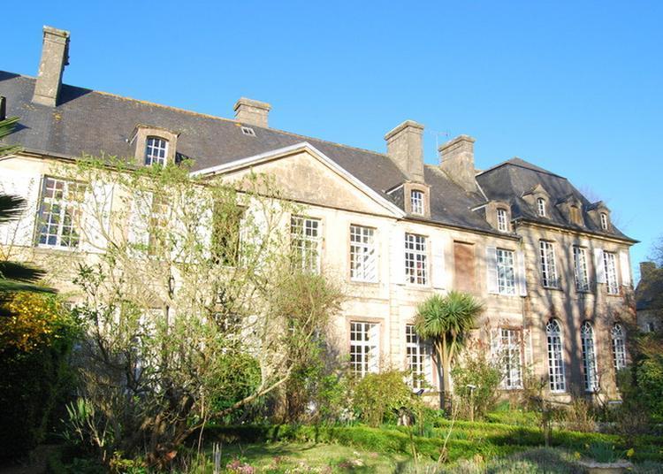Visite Guidée De L'hôtel De Grandval-caligny à Valognes