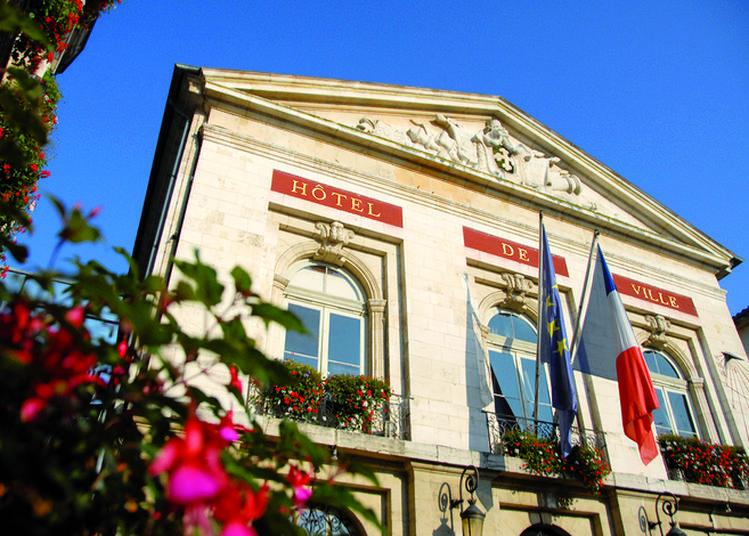 Visite Guidée De L'hôtel De Ville à Bourg en Bresse