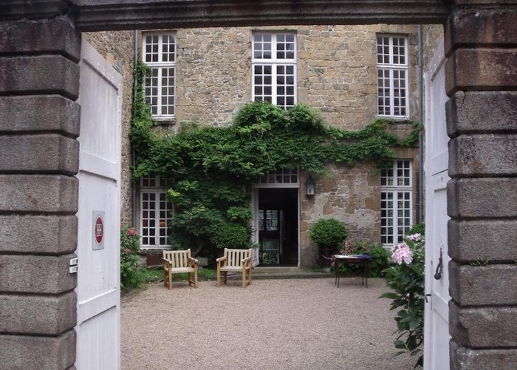 Visite Guidée De L'hôtel Tanquerey De La Montbriere à Coutances