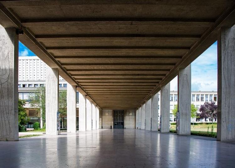 Visite Guidée De L'université De Caen Normandie Pour Découvrir Les Richesses De Son Patrimoine Artistique, Culturel Et Scientifique !