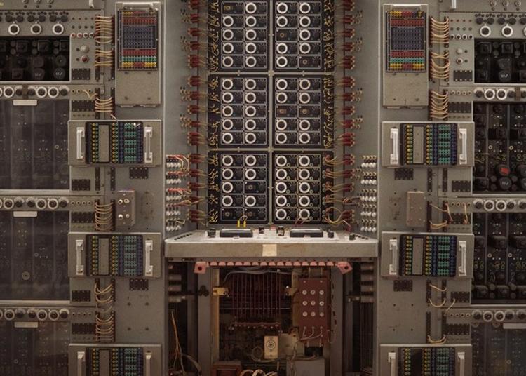 Visite Guidée De La Collection Informatique La Plus Complète D'europe. à Grenoble