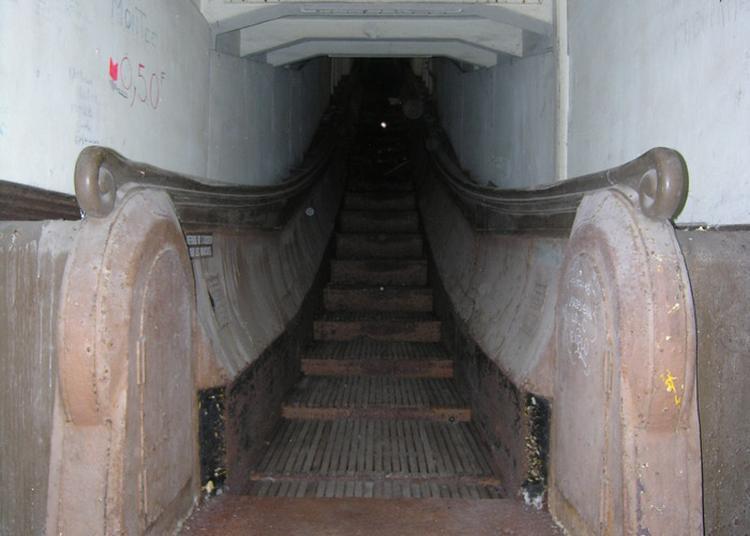Visite Guidée De La Gare Basse De L'escalier Mécanique Montmorency à Le Havre