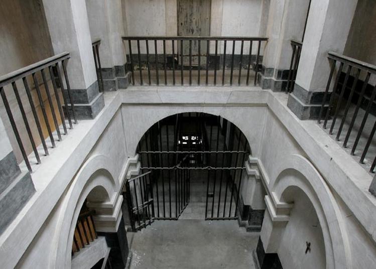 Visite Guidée De La Joyeuse Prison De Pont-l'Évêque à Pont l'Eveque