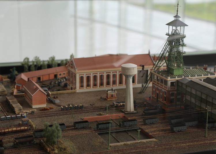 Visite Guidée De La Mine Au Musée à Lens