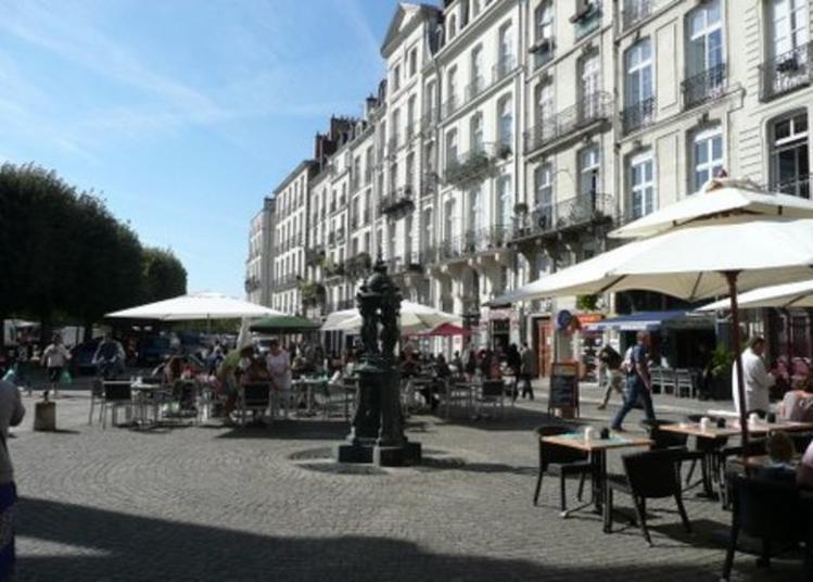 Visite Guidée De La Place De La Bourse Au Quai De La Fosse à Nantes