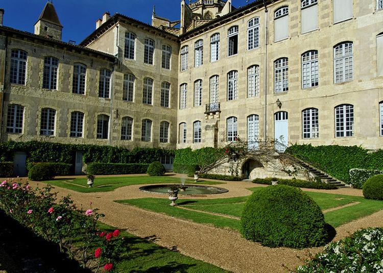 Visite Guidée De La Préfecture Du Gers à Auch