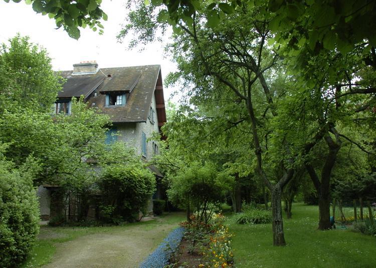 Visite Guidée De Maison Blanche à Sucy en Brie