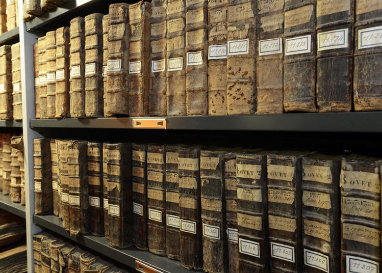 Visite Guidée Des Archives Départementales De La Drôme à Valence