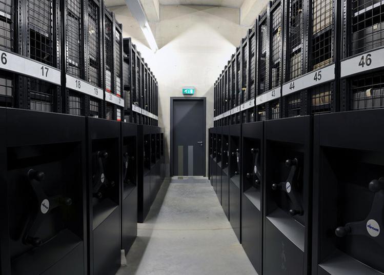 Visite Guidée Des Magasins Et Ateliers De Travail Des Archives Départementales De L'hérault à Montpellier