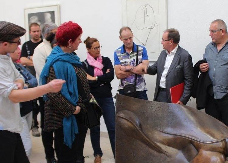 Visite Guidée Des Oeuvres Sculptées De La Galerie Ipoustéguy à Doulcon
