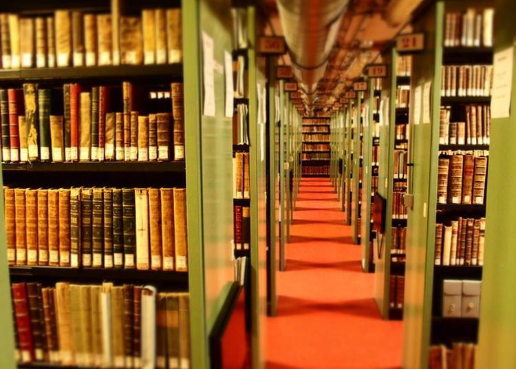 Visite Guidée Des Réserves De La Bibliothèque Patrimoniale Villon à Rouen